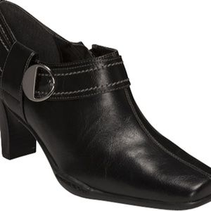 A2 by Aerosoles Fascination Ankle Booties Size 7B